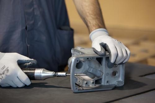 processo di finitura dell'alluminio
